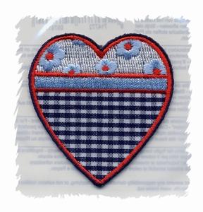 Hollands Glorie - Hartje - blauw ruitje  6 x 5 cm